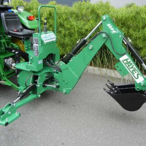 TRACTOR 3 POINT LINK BACKHOE BH7600 - $5300 - 4012